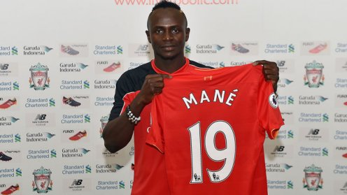 skysports-sadio-mane-celeb-everton-v-liverpool-premier-league_3856123
